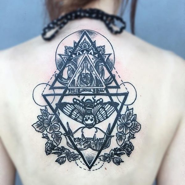 Sexy Back Tattoos for Women